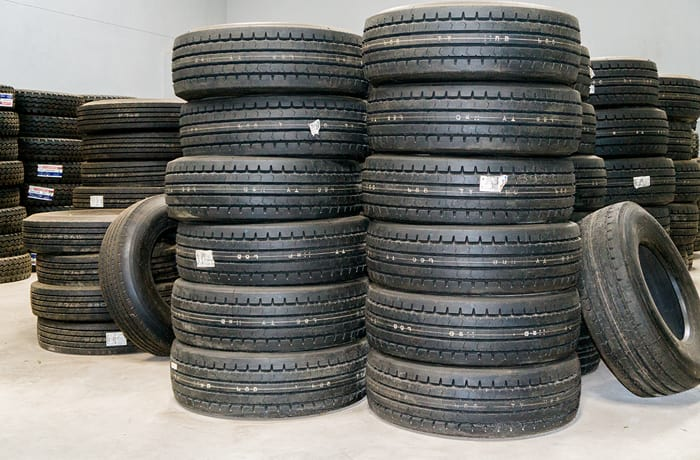 Truck and bus tyres - 1