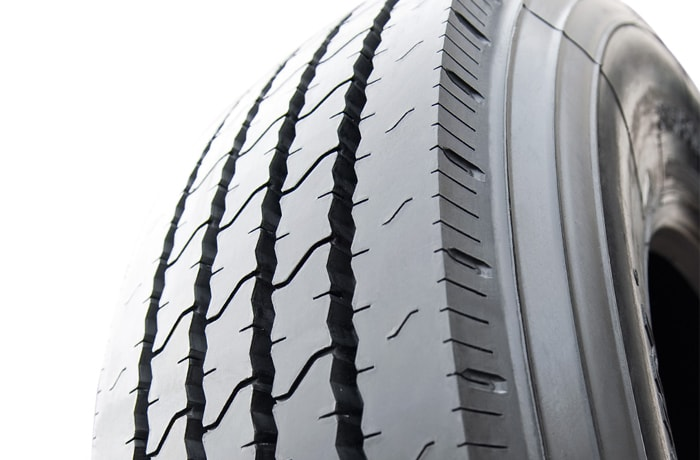 Truck and bus tyres - 3