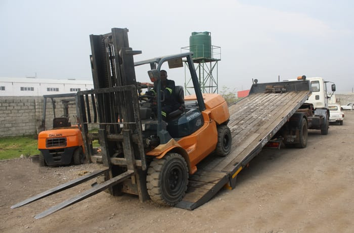 Forklift truck maintenance - 1