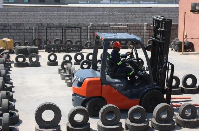 Forklift truck maintenance - 3