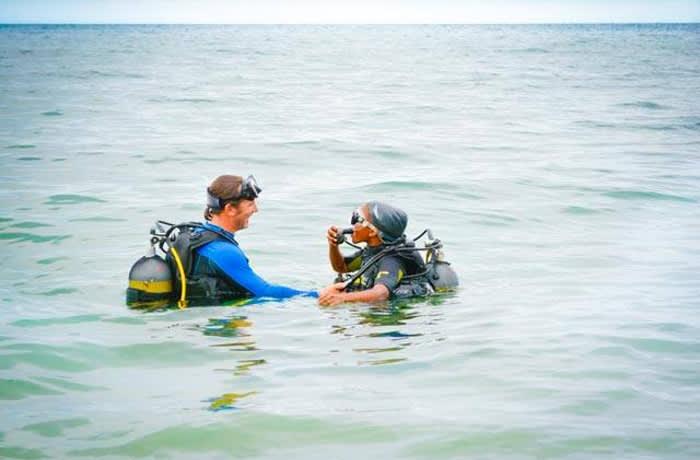 PADI Discover SCUBA dive - per person image