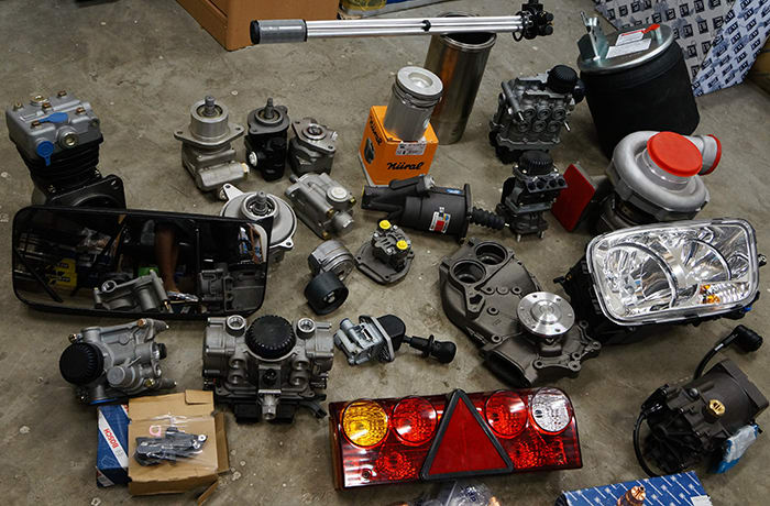 Truck and Bus parts - 1