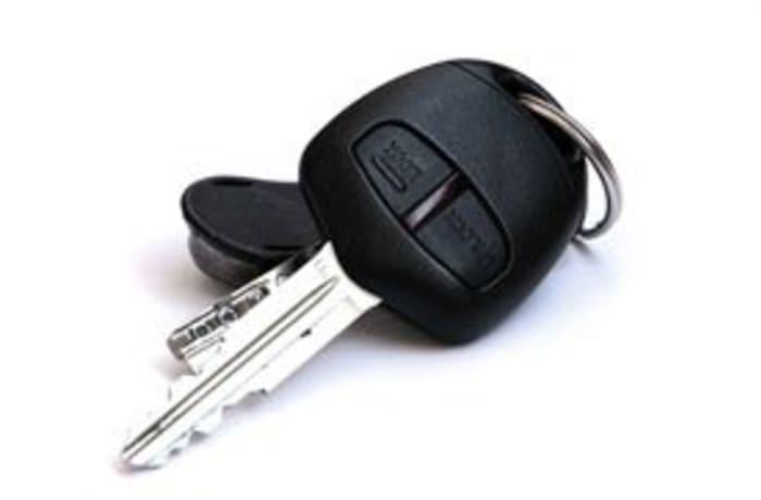 Car key cutting image