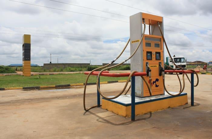 Petrol station - 0