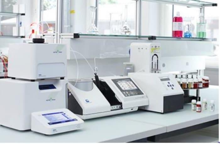 Laboratory equipment and machinery - 1