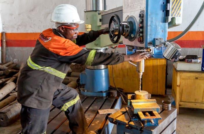 Mining machinery maintenance - 3