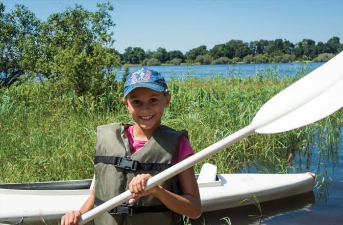 Zambezi canoe trips and water taxi - 2
