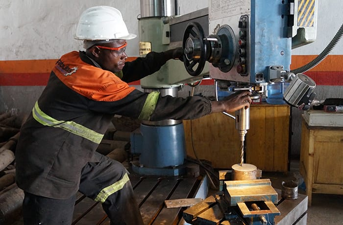 Mining machinery maintenance - 1