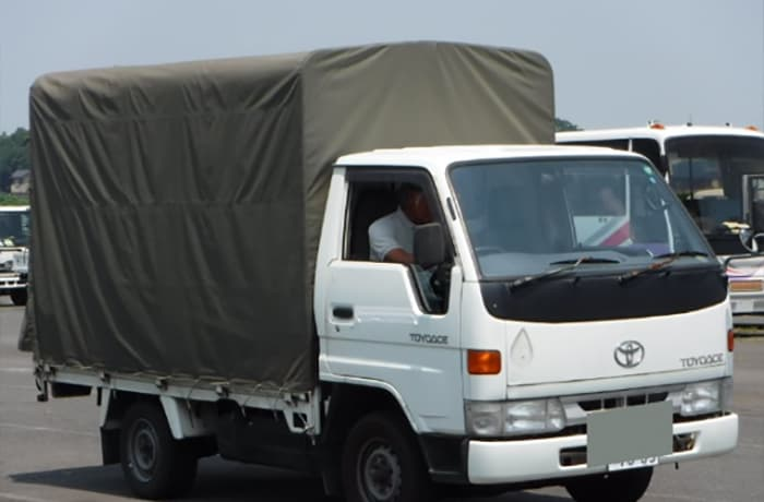 Second hand commercial vehicle sales - 1