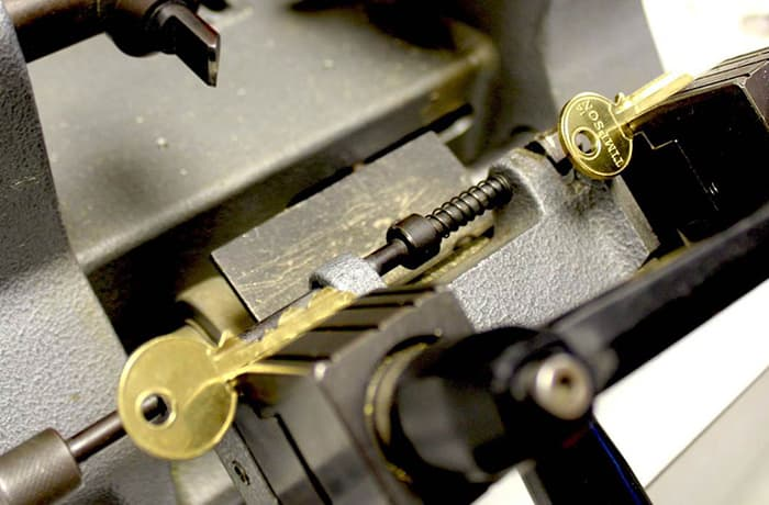 Key cutting services - 2
