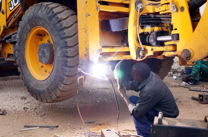Light commercial vehicle maintenance - 1