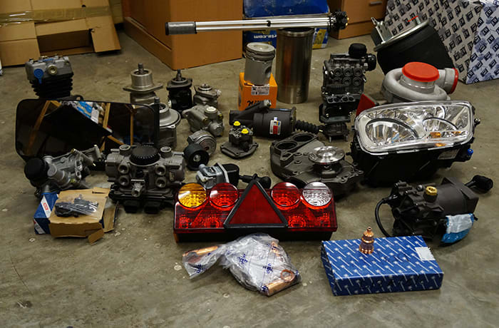 Commercial vehicle parts - 3