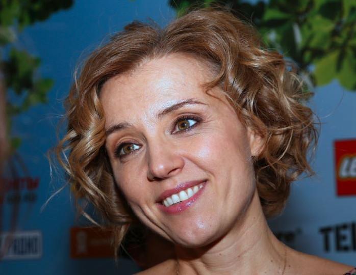 «Был хулиганистым мальчиком»: дочь Алферовой опубликовала детское фото Бероева