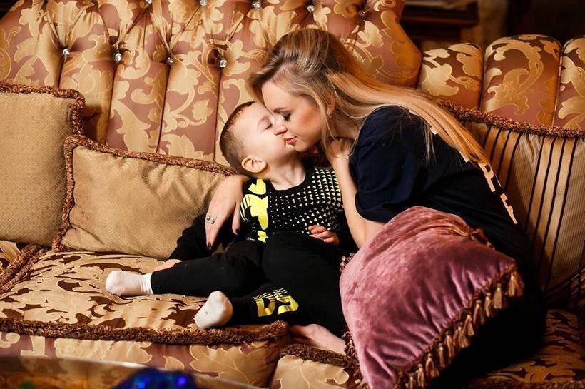Милана Тюльпанова пообещала не настраивать сына Артемия против его отца Александра Кержакова