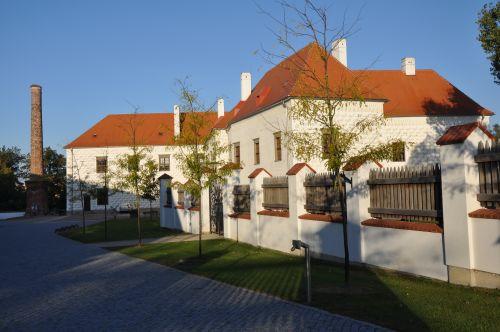 Valeč u Třebíče, obnova areálu zámku Valeč, M&P Architekti, Mp architekti