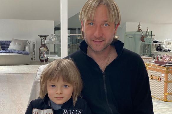 Евгений Плющенко ответил на слухи о болезни его сына Александра