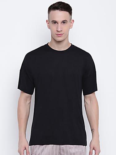 adidas black wool solid round neck t-shirt