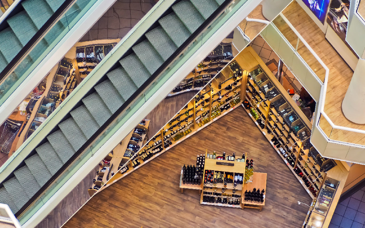IoT in Retail: 7 Real Examples