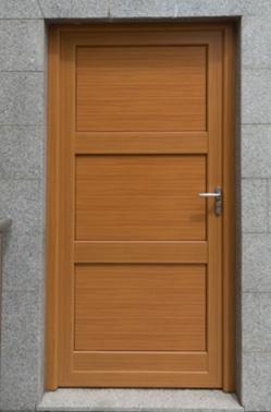 Portes fabriquées dans le chablais, haute-savoie, made in France