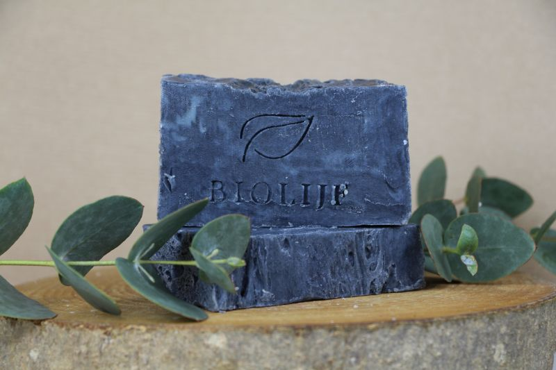 biolijf - charcoal-eucalyptus-body-shampoo-bar