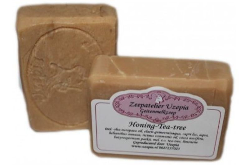 uzepia - honing-tea-tree-goat-milk-soap