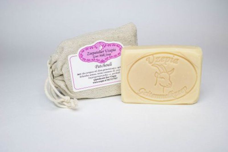 uzepia - patchouli-goat-milk-soap