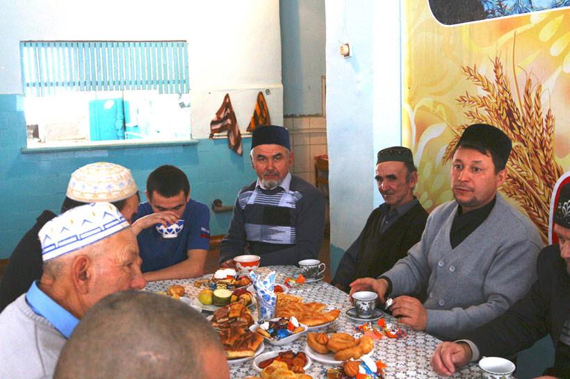 праздничный стол мусульман