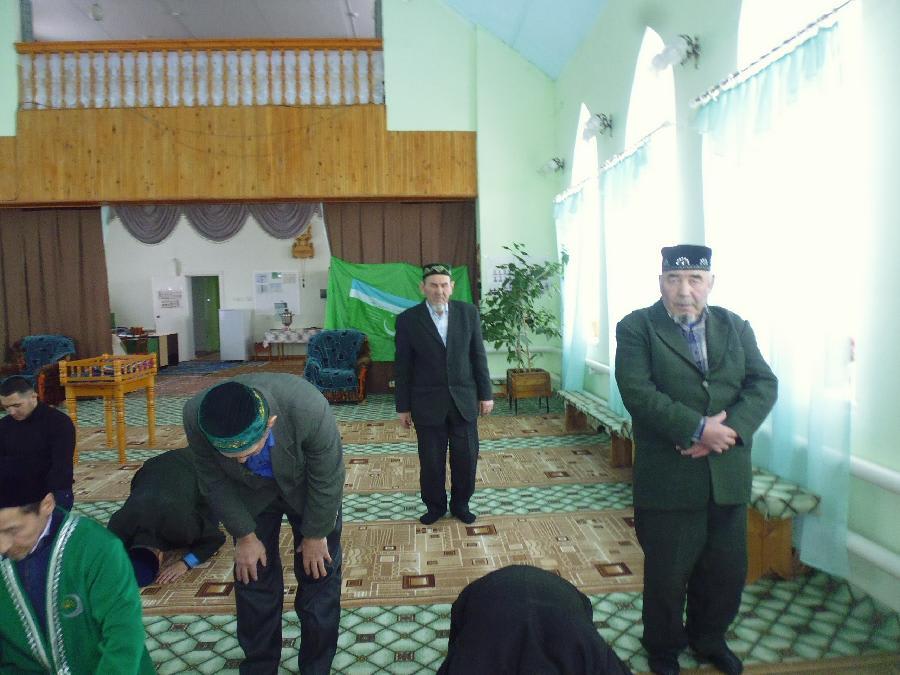 намаз в мечете