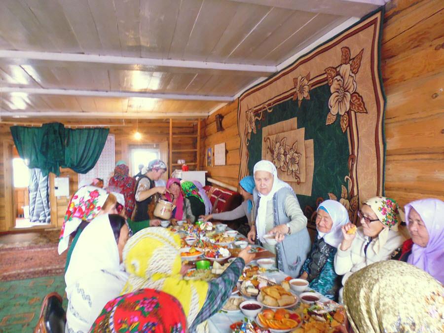 празничный стол мусульманок