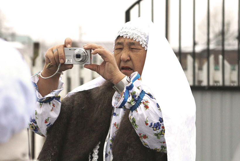 мусульманка Асма Сафиевна деревни Абзелил