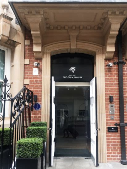 Where to Stay in Chelsea, London: Cheval Residences Phoenix House at Sloane Square