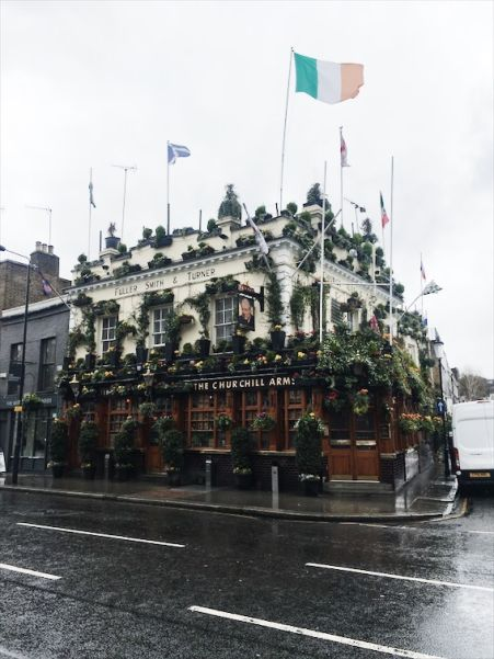 churchill arms pub london