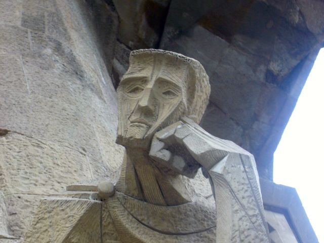 sagrada familia face