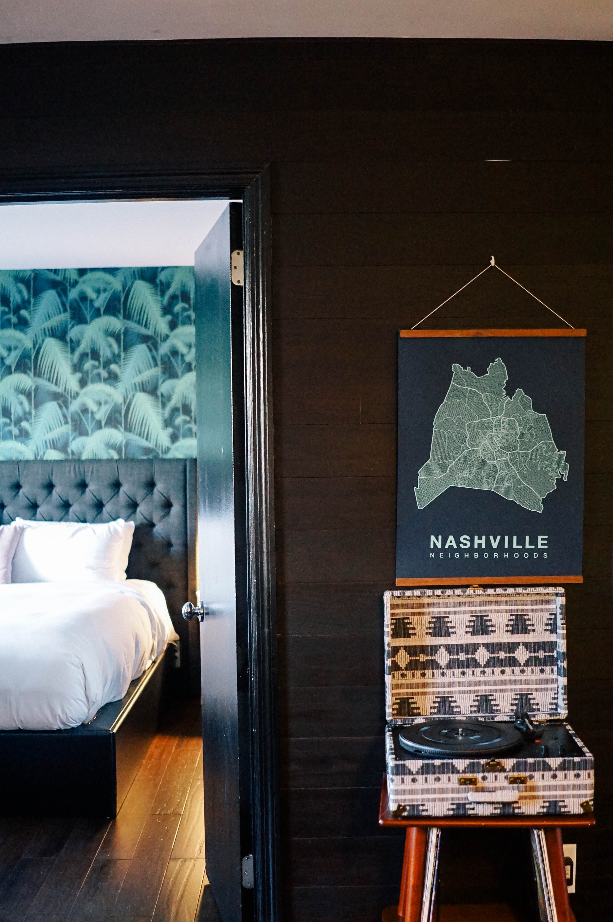 where to stay in downtown nashville