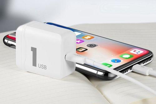 https://dienthoai.com.vn/anh/IPHONE/apple.1.jpg