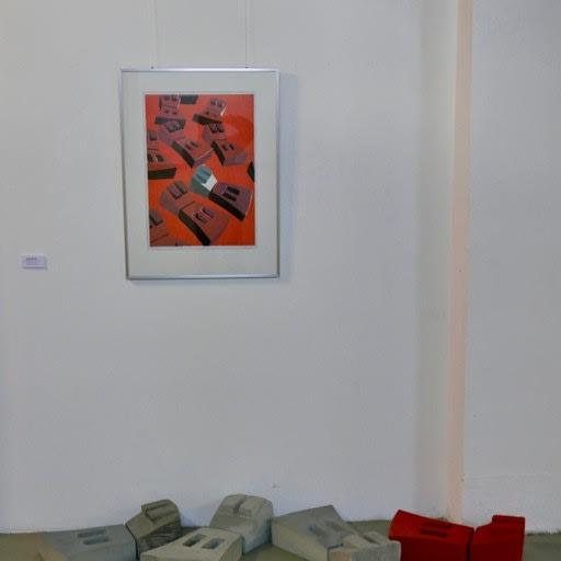Installation mit Schlitzfiguren, Holzschnit, 6-farbig, Betonguss, teilweise farbig gefasst