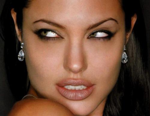 Il Trucco Seducente di Angelina Jolie: Ecco Come Copiarlo
