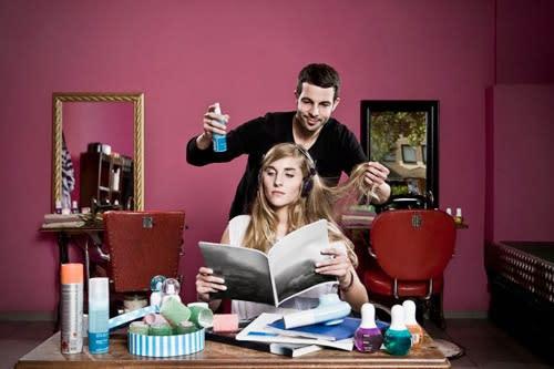 Cosa Indossare dal Parrucchiere per Ottenere il Taglio di Capelli Perfetto?