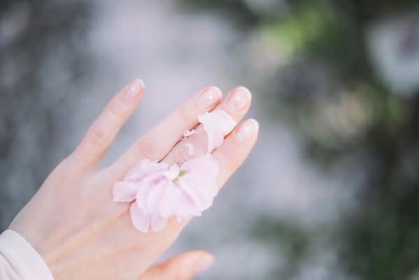 Come prendersi cura delle unghie in 3 semplici step