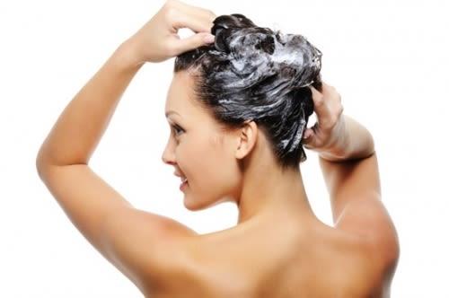 Come Scegliere lo Shampoo Giusto per i Tuoi Capelli