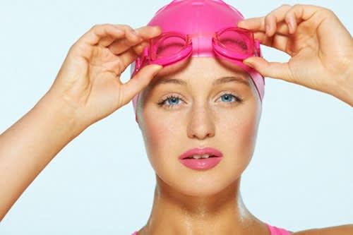 Gli Essenziali del Nuoto, Ovvero Come Preparare la Borsa per la Piscina