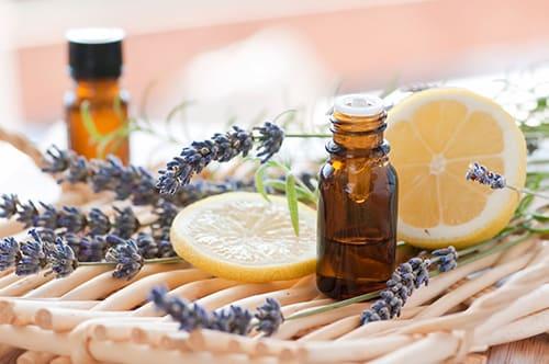 Aroma terapia, ottima contro lo stress ma non solo