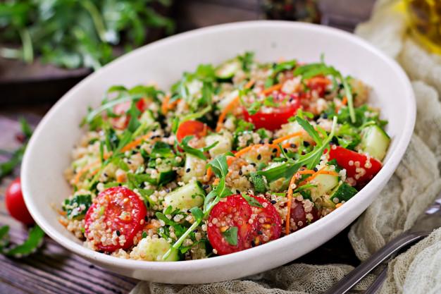 Kale & Quinoa Salad with Black Beans