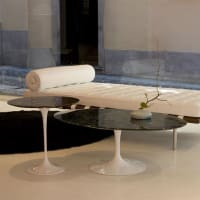Saarinen Tulip coffee table by knoll international