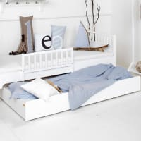 Trundle bed by oliver furniture
