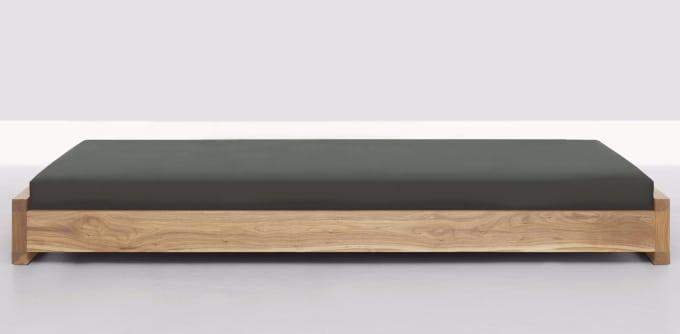 stapelliege guest von zeitraum m bel. Black Bedroom Furniture Sets. Home Design Ideas