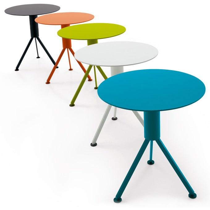 husk ht outdoor beistelltisch von b b italia. Black Bedroom Furniture Sets. Home Design Ideas