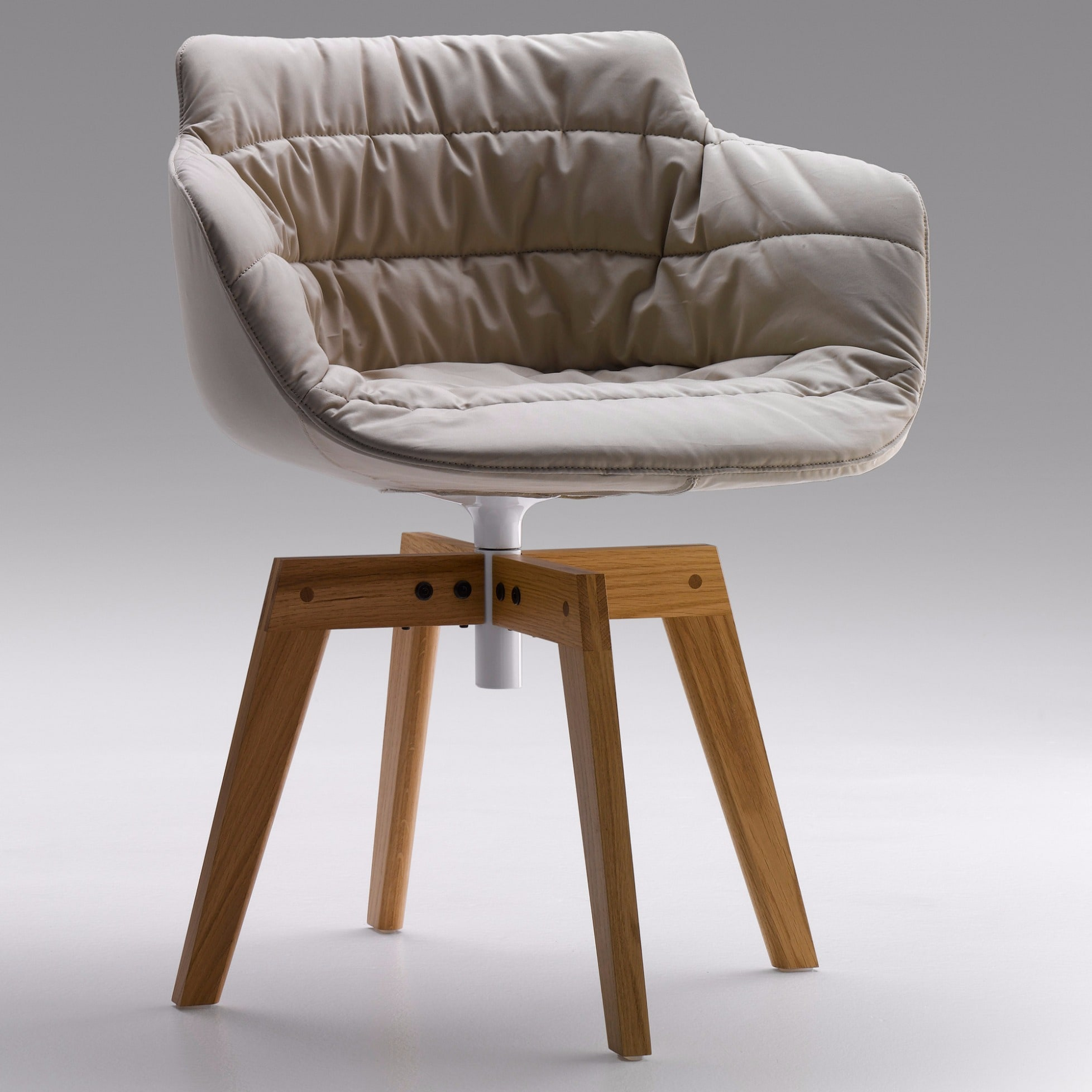Flow armchair mit eichengestell von mdf italia for Mdfitalia it