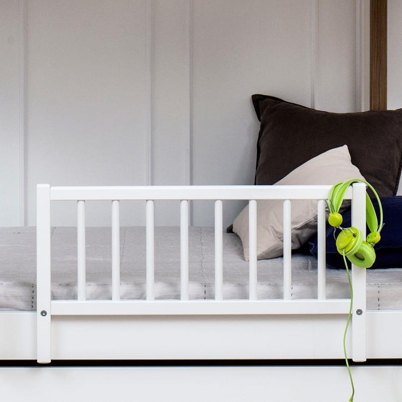 Kinderbett Mit Rausfallschutz wood hochbett oliver furniture