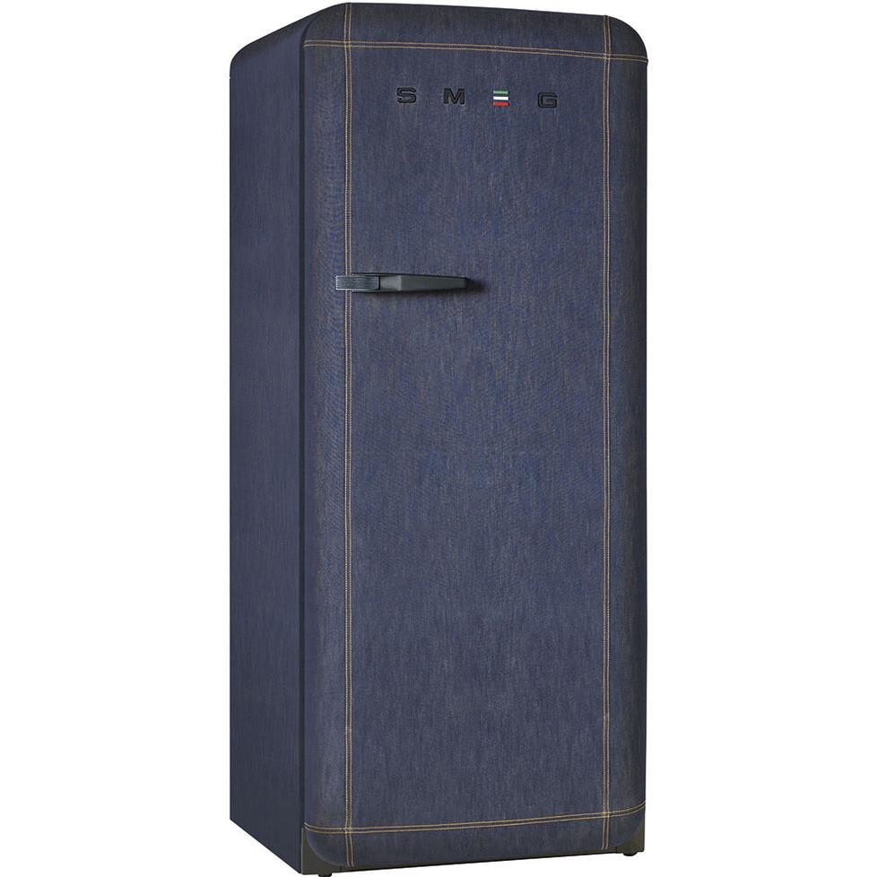 fab28 denim k hlschrank von smeg. Black Bedroom Furniture Sets. Home Design Ideas